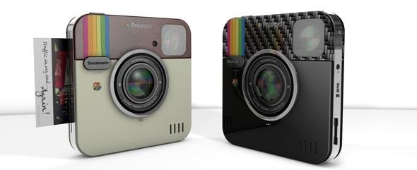 Le designer italien aurait signé un accord avec C&A Marketing qui lui permettrait de s'associer à Polaroid pour commercialiser l'appareil photo sous le nom: Polaroid Socialmatic™ Camera.©DR