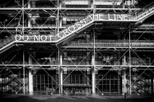 RERO, Do Not Cross the Line, 2012, Centre Pompidou,  © Cristobal Diaz