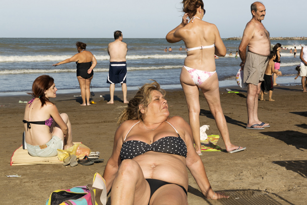 © Martin Parr. Tous les droits réservés. ARGENTINA. Mar Del Plata. 2014.