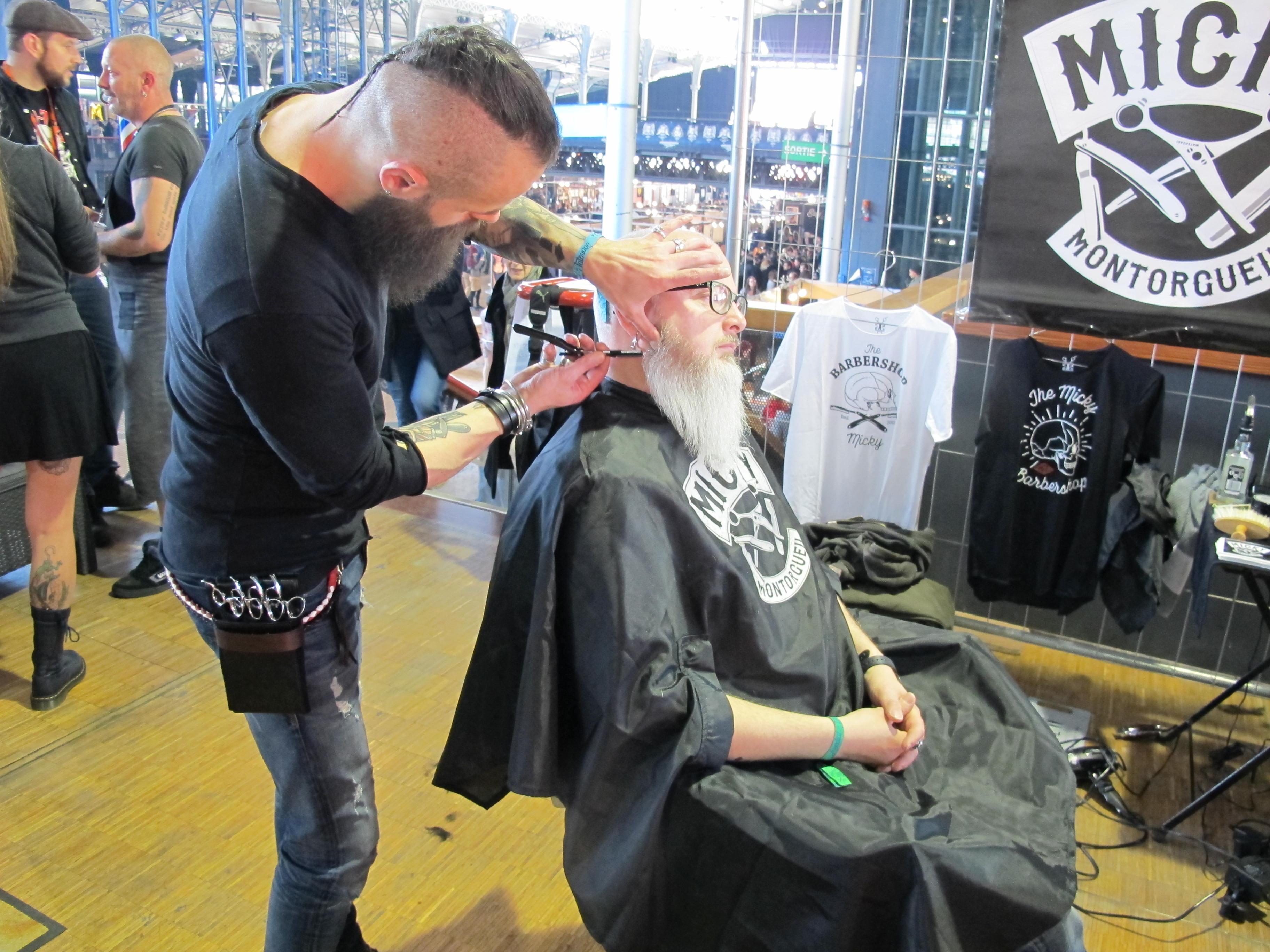 Petite pause barbier © Julie Albesa