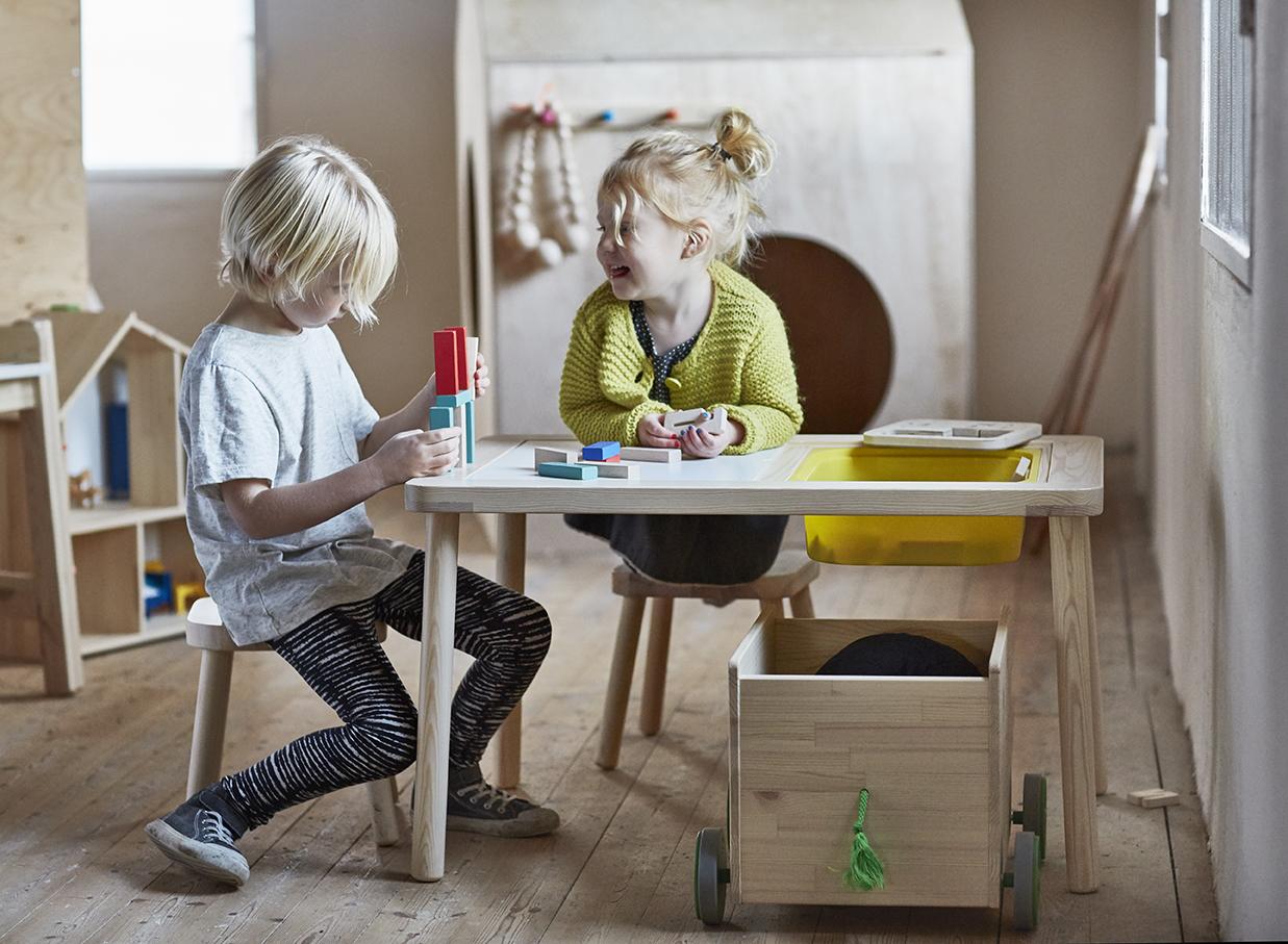 Ikea Nos Coups De Coeur Nouveaut S Enfants Untitled Magazine # Meuble A Roulettes Ikea Plaque Hetre