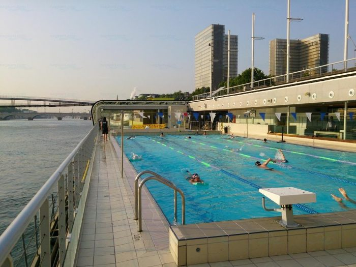 Le Top 5 Des Piscines Decouvertes L Ete A Paris