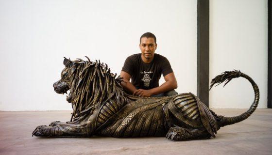 Les sculptures écolo du marocain Lahcen Iwi