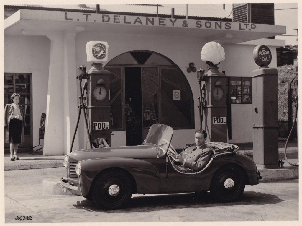 7.01 Delaney et CHS 1948 © Chausson