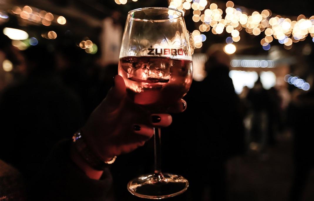 Il est frais mon Zu Rosé, il est frais ! Crédits visuel : Camille Zerhat