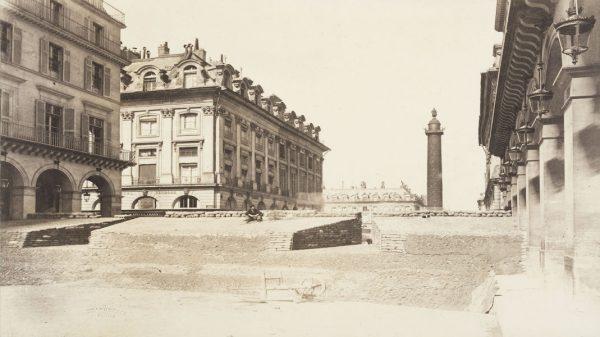 Bruno Braquehais Barricade rue de Castiglione, 1871, Paris Paris, Musée de l'Armée © Paris, musée de l'Armée / Dist RMN-GP / Emilie Cambier