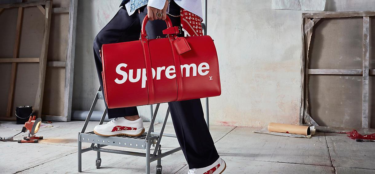 Louis Vuitton x Supreme   où shopper la collection évènement   e86f6b354ac